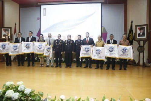 PT. Eratex Djaja, Tbk received AEO certificate from Directorate General of Customs